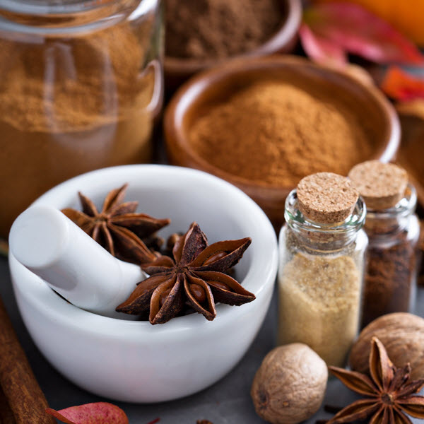 What alternatives to cinnamon and clove oils can you use to make Fall blends?