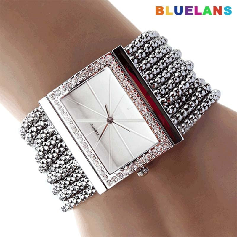 Fashion Women Watches Luxury Alloy Silver Band..