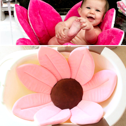 The Cutest Baby Bath Cushion - Blooming Bath Lotus