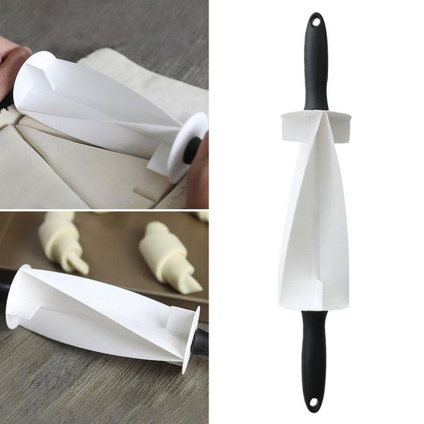 Roll & Fold Perfect Croissant Cutter