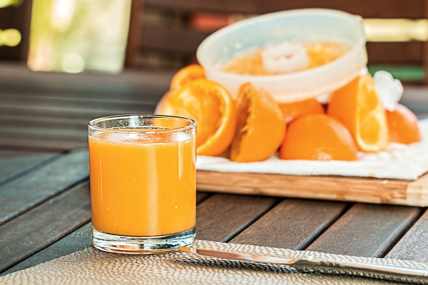 Should You Be Taking a Vitamin C Supplement?