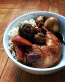 Braised Chicken Leg and Mushrooms with Rice