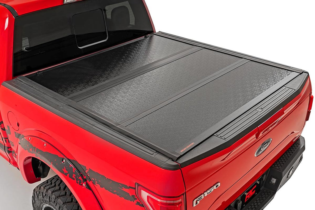 Ford Low Profile Hard Tri-Fold Tonneau Cover (17-20 SUPER DUTY | 6.5' Bed)