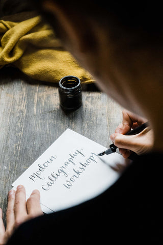 Modern Calligraphy workshops with Alice Draws The Line, hand lettering workshops, brush lettering, dip pen calligraphy workshops