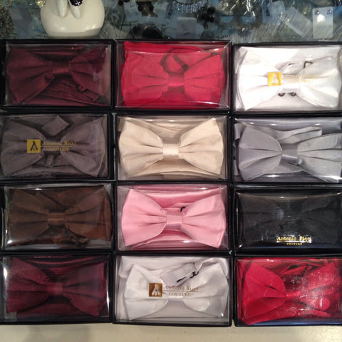Antonio Ricci bow tie & hankie assorted