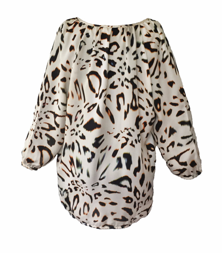Load image into Gallery viewer, 1338 Tie blouse Big leopard Cream