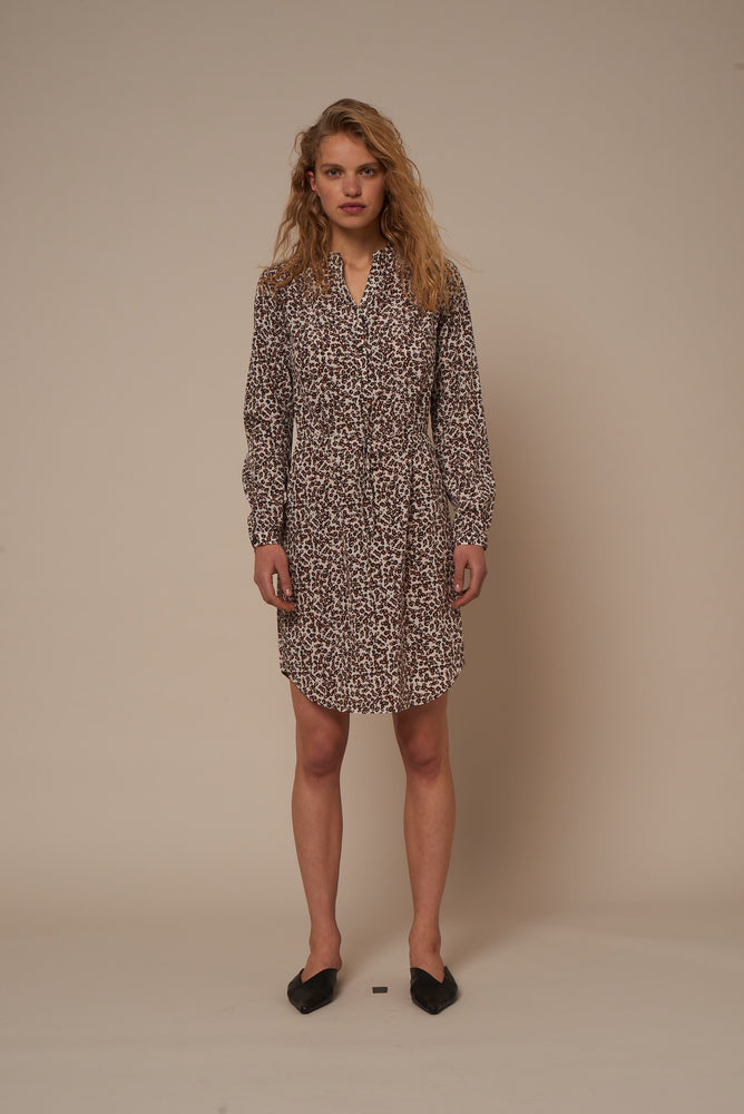 Load image into Gallery viewer, 2021 Shirt dress Jenny leopard Cream
