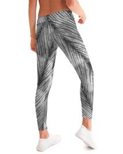 Load image into Gallery viewer, Grey Shibori Striped Leggings