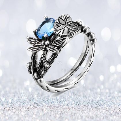 SPARKLERING HANDMADE LOTUS GEM DRAGONFLY RING