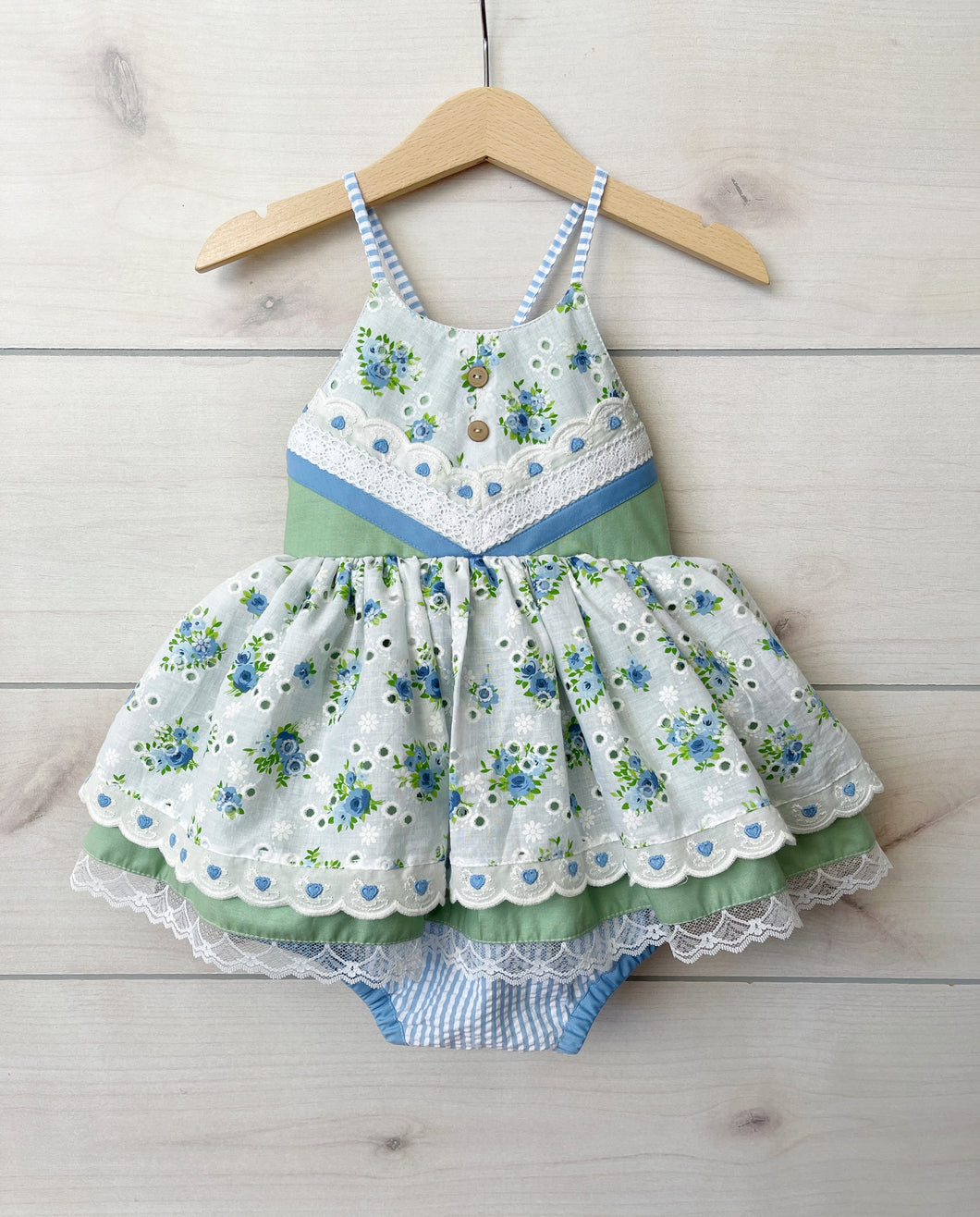 Size 18/24m