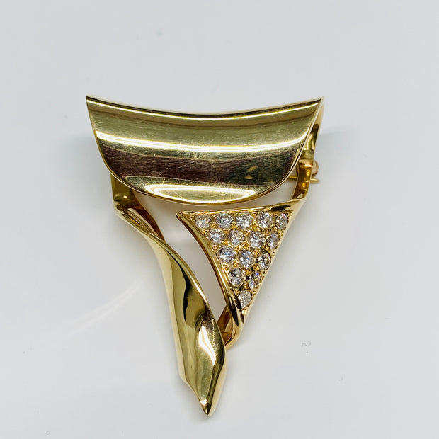 Gorgeous 18k Yellow Gold Diamond Brooch/Pendant