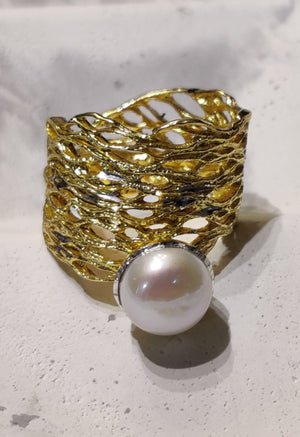 Freshwater Pearl 18k gold on 925 Silver adjustable ring - Handcrafted in Greece