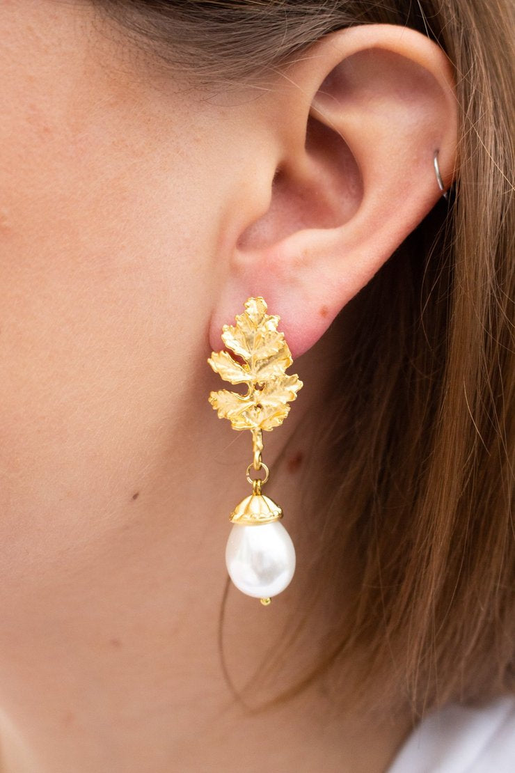22ct Gold Plated Acorn Fresh Water Earrings