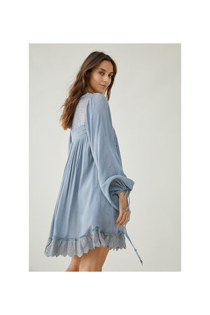 Utama Dress Pastel Blue