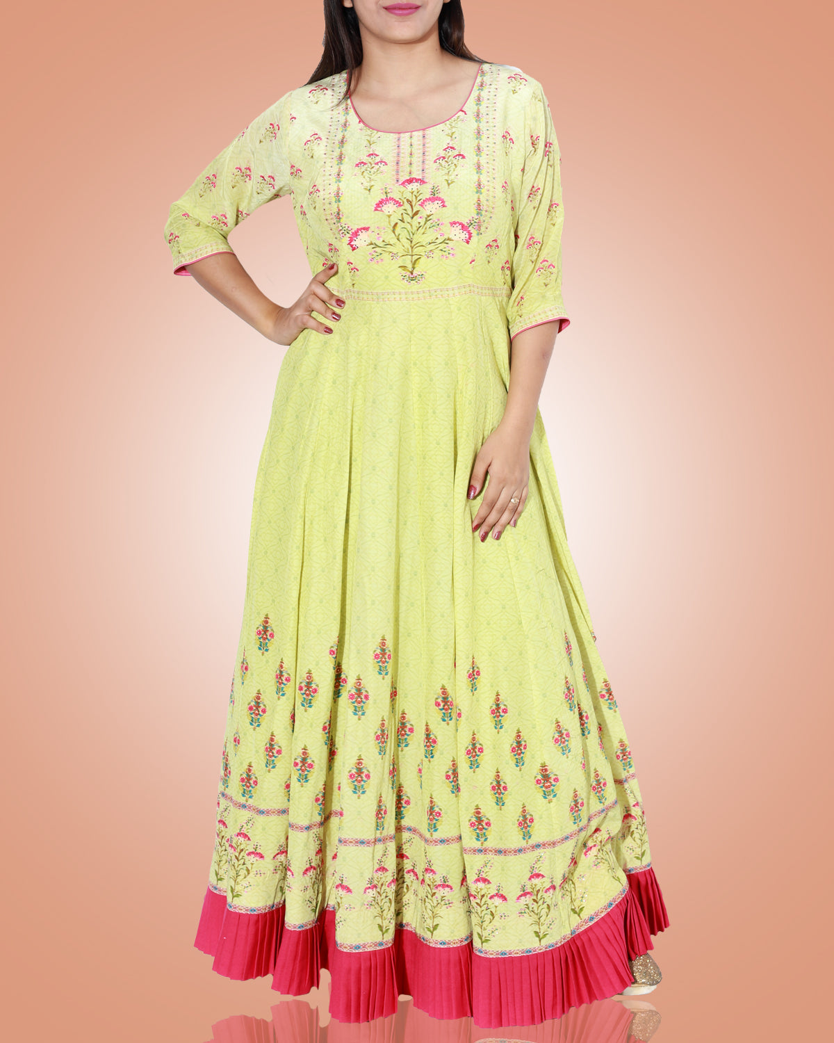 Green A Lined Long Kurta With Red Floral Print