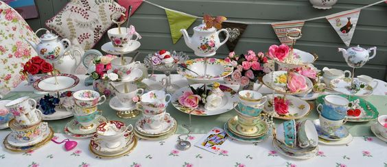 IDEAS FOR A TEA PARTY