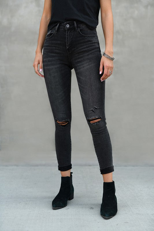 RISEN DISTRESSED VINTAGE DENIM- BLACK