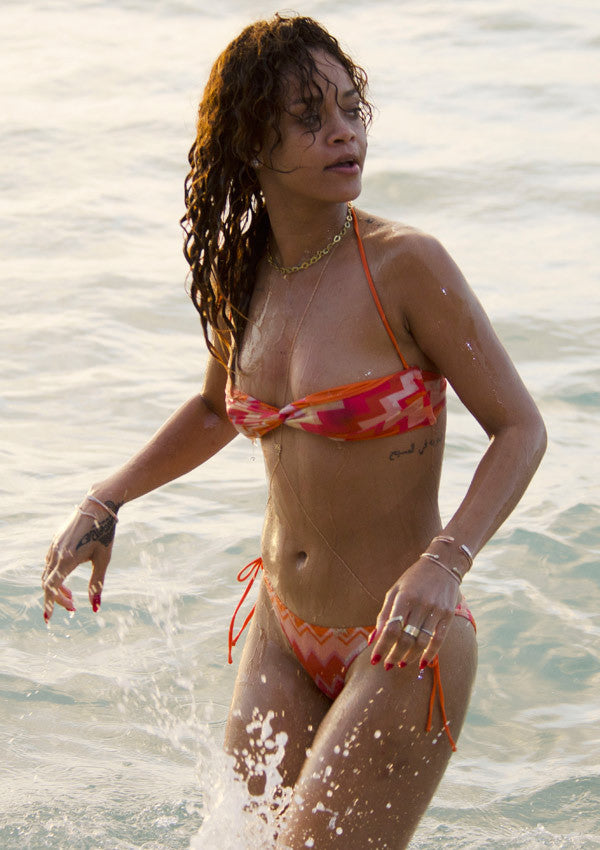 One Look At Rihanna Rocking A Beach Body Chain Just Shows Way This Sexy Accessory Can Transform Your Even Where That Bikini