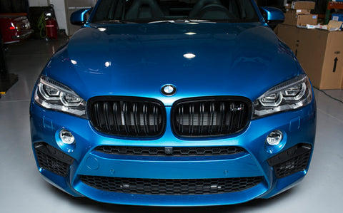 Carbon Carz - BMW X5 Kidney Grill Gloss Black with Badge X5M