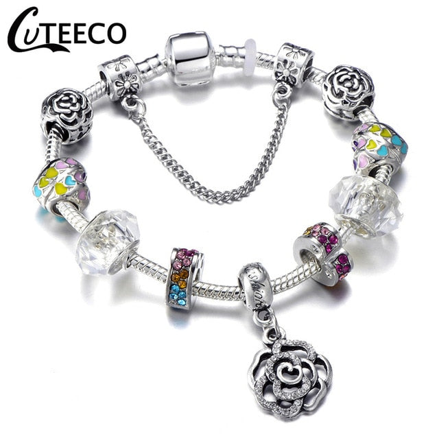 Flower bracelet with flower charms
