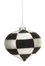 Load image into Gallery viewer, Black&White Ornaments