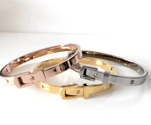 Belt Bangle Rose Gold