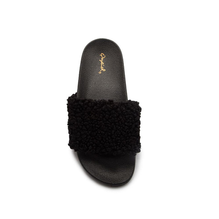 27 Teddy Fur Slide