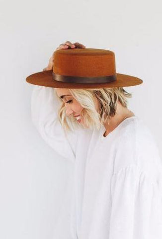 GIGI PIP Dahlia Stiff Wide Brim Hat - Brown