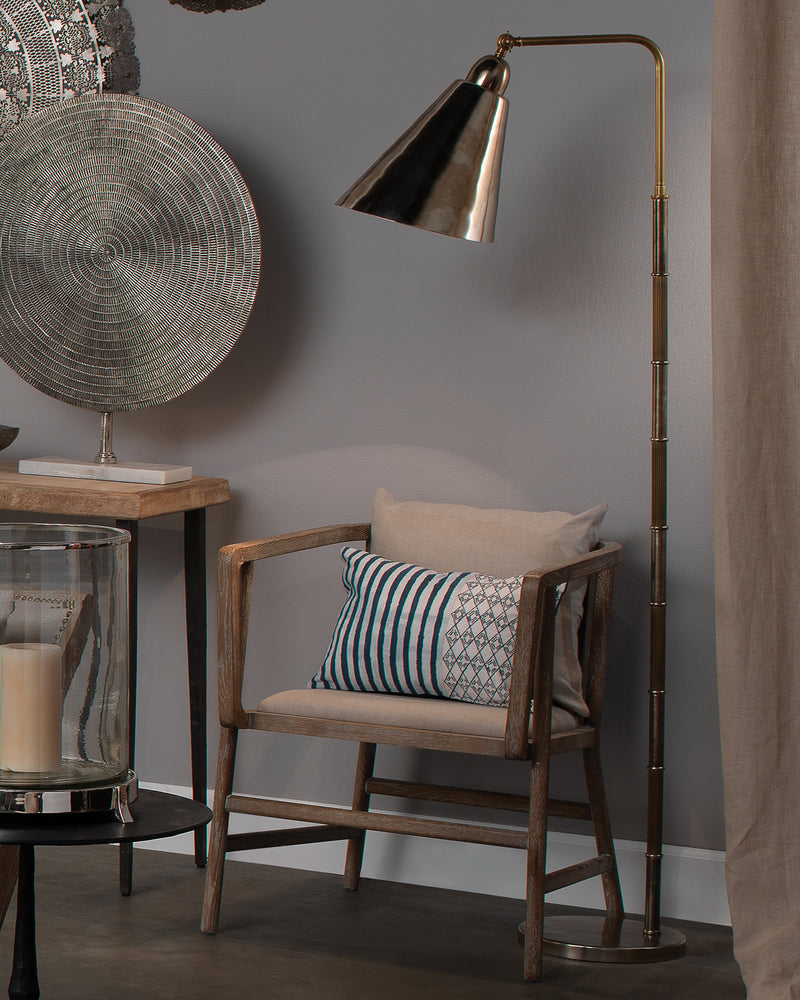 vilhelm reading lamp