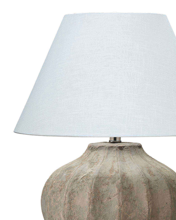 Clamshell Table Lamp
