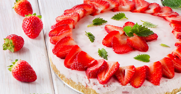 No Bake Strawberry Cheesecake! No Sugar Added