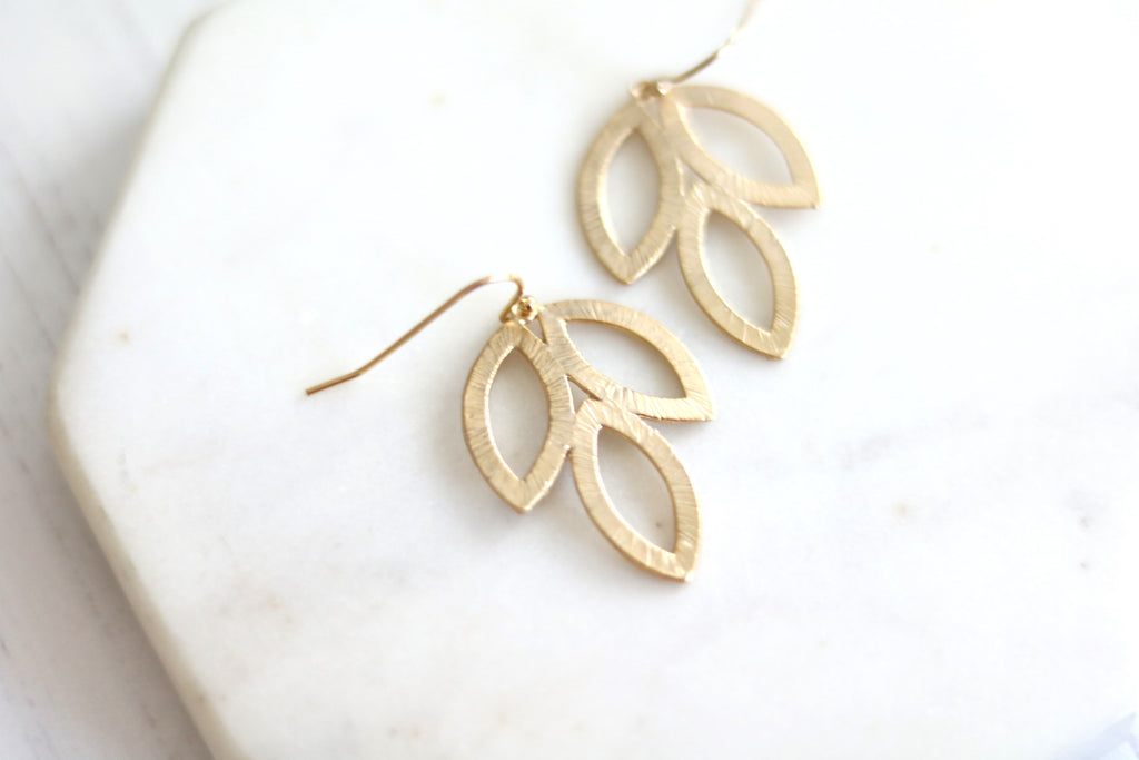 Tulip earrings Minimalist gold botanical drop earrings