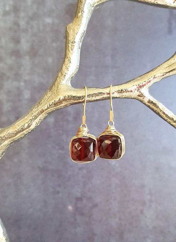 Garnet gemstone minimalist earrings