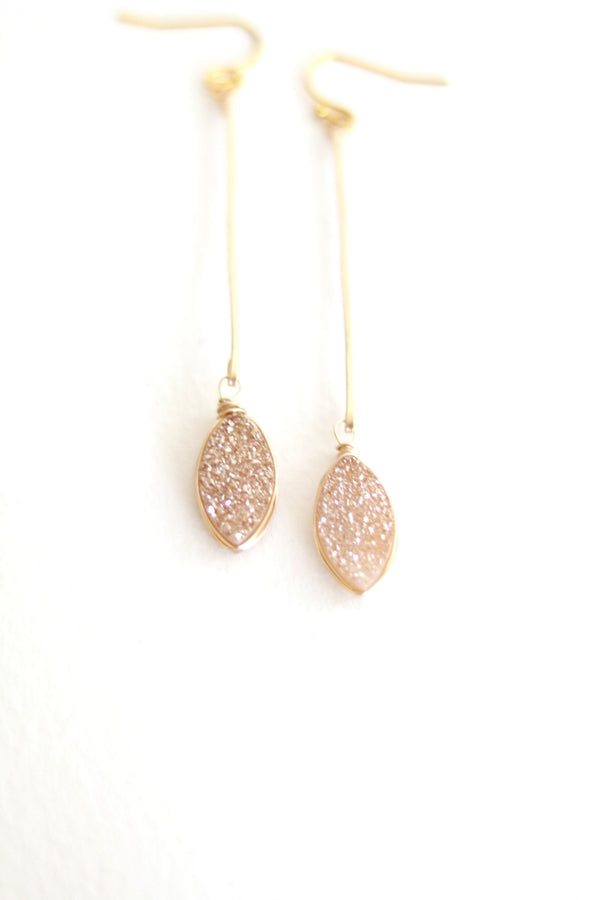 Marquise Linear earrings - Pale Peach Druzy