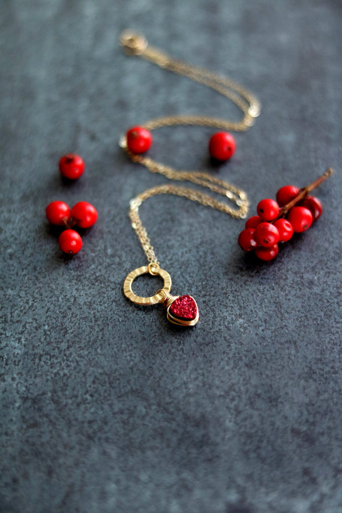 Eterna necklace Red Druzy