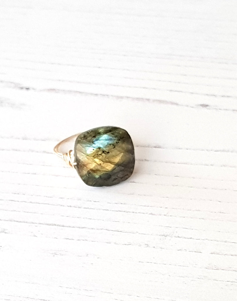 Isla Labradorite Cocktail Ring