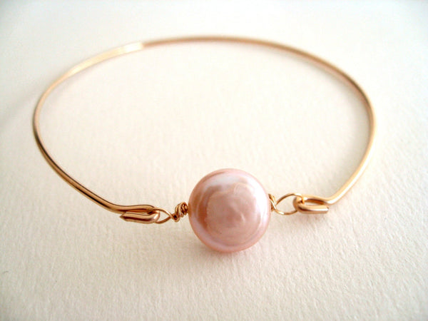 Blush Pearl Bangle