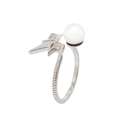 Pearl Star Ring - Carrie K.