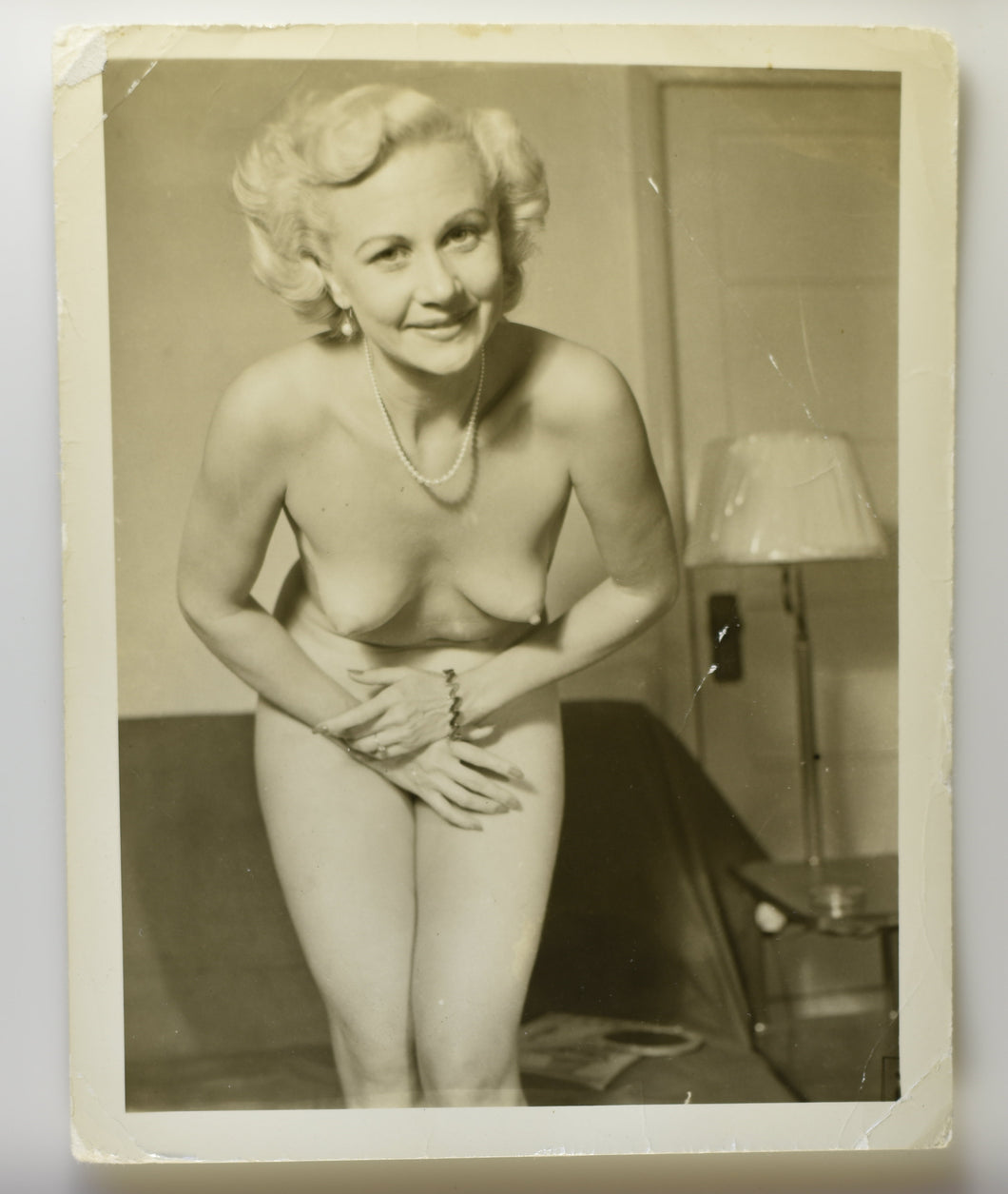 Original Photo Risqué Pinup Vintage Female Nude [RTR−F00202 ]
