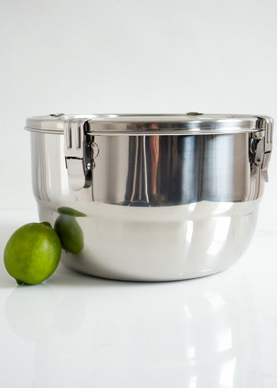 Airtight Stainless Steel Food Storage Container 26 cm