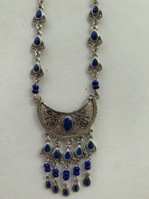 Load image into Gallery viewer, Moroccan Jewelry: Crescent Necklace