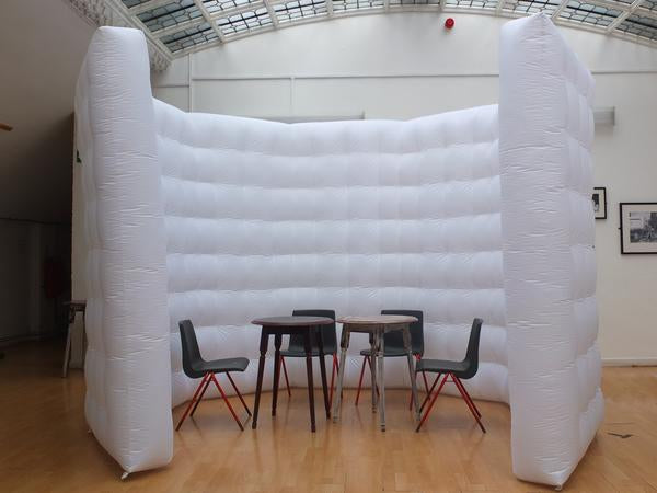 Using inflatable walls to ensure social distancing in workspace