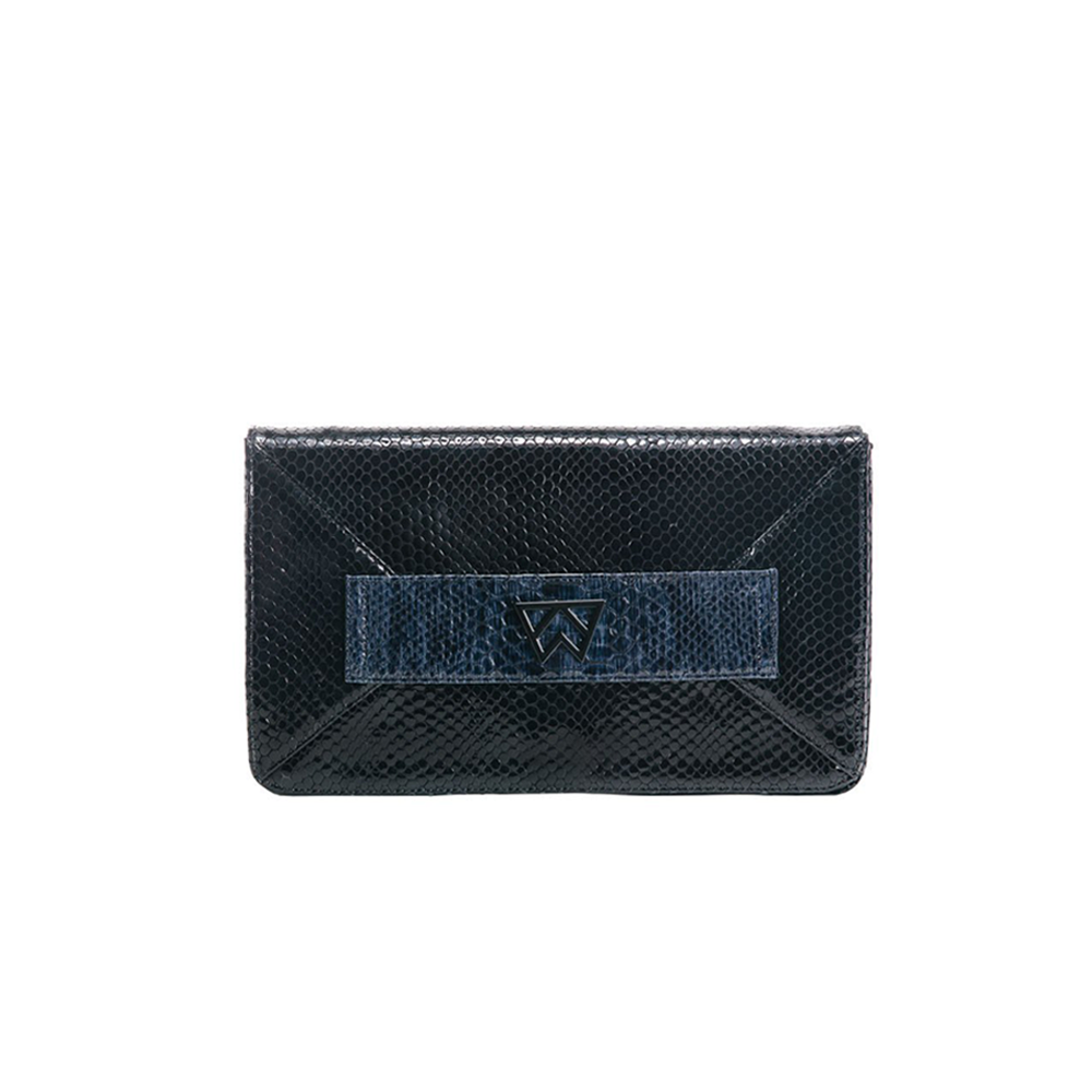 Kelly Wynne Forever Classy Clutch in Navy and Obsidian