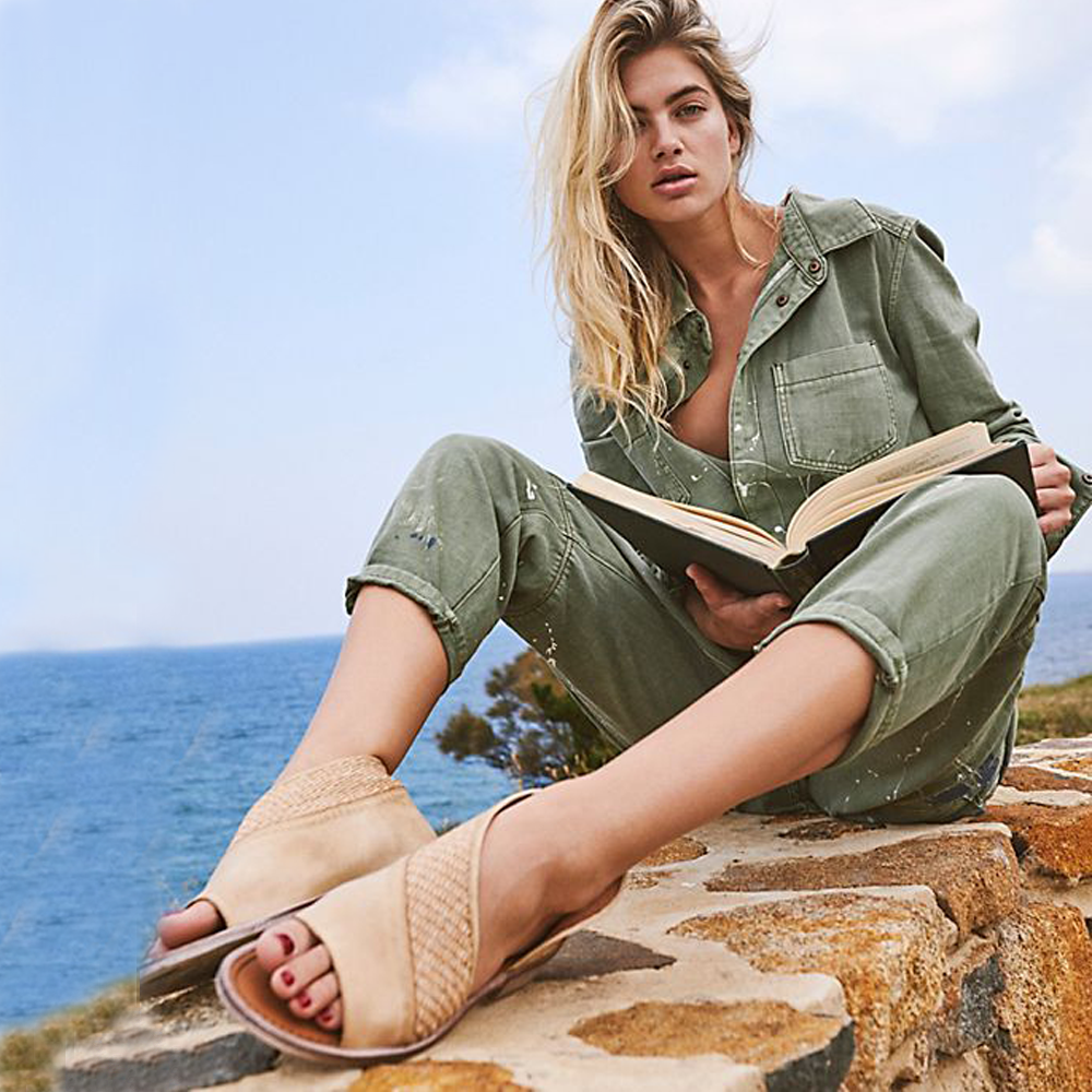 Free People Textured Mont Blanc Sandal in Natural