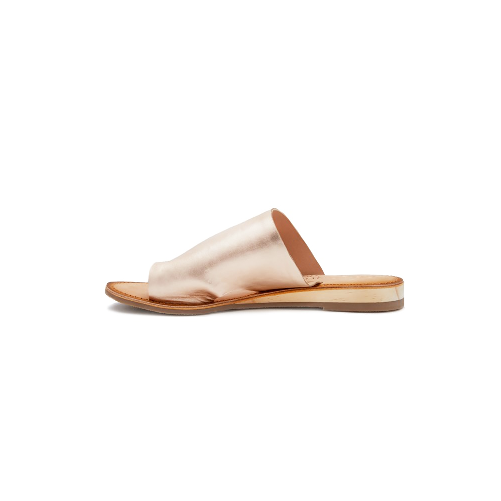 Coconuts by Matisse Whitney Silver Wedged Toe Ring Sandal in Rose Gold