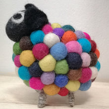 Laden Sie das Bild in den Galerie-Viewer, Felted Pom Pom Sheep