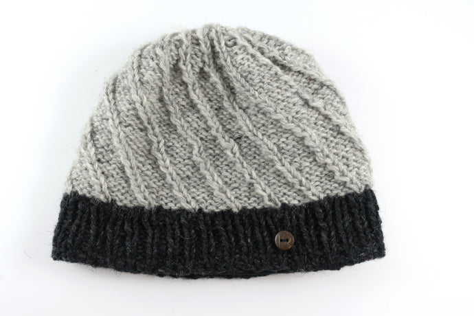 Contrast Woolen Knitted Beanie