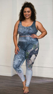 Front view of model wearing Finnish Lapphund dog printed full length leggings