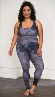 Front view of model wearing cloudy gray ombre top