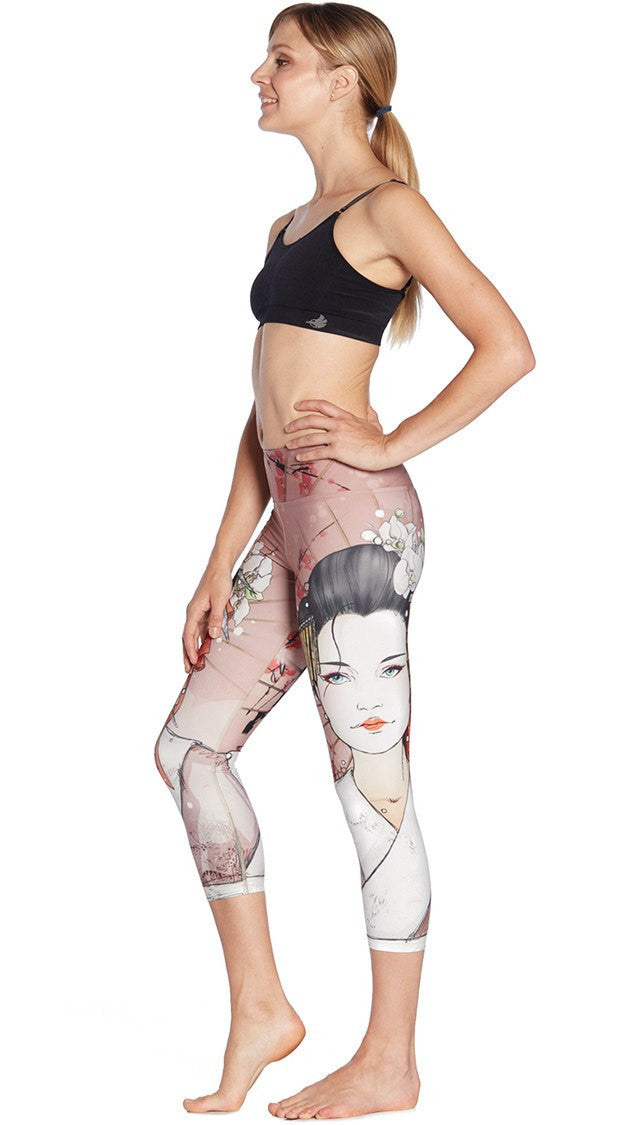 close up side view of japanese geisha themed printed capri leggings